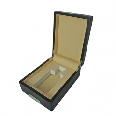 Luxury BLack Matt Finish Wooden Perfume Box/Gift Packaigng Manufacturer